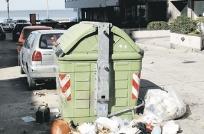 Tan solo cinco edificiosde 360 adhirieron al plan de basura