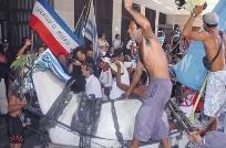 Carritos marchan al Palacio Legislativo