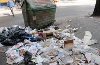 Se acumula la basura por conflicto en IMM